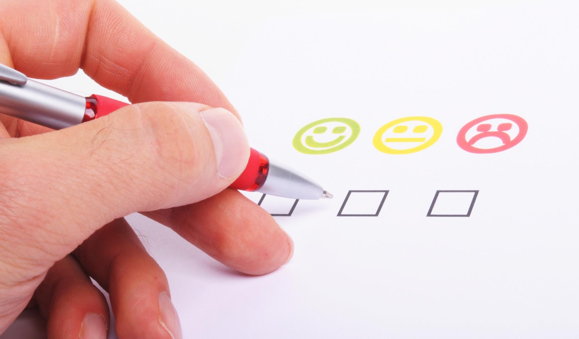 איך סקר שביעות רצון לקוחות עלול להשפיע לרעה על חווית הלקוח?